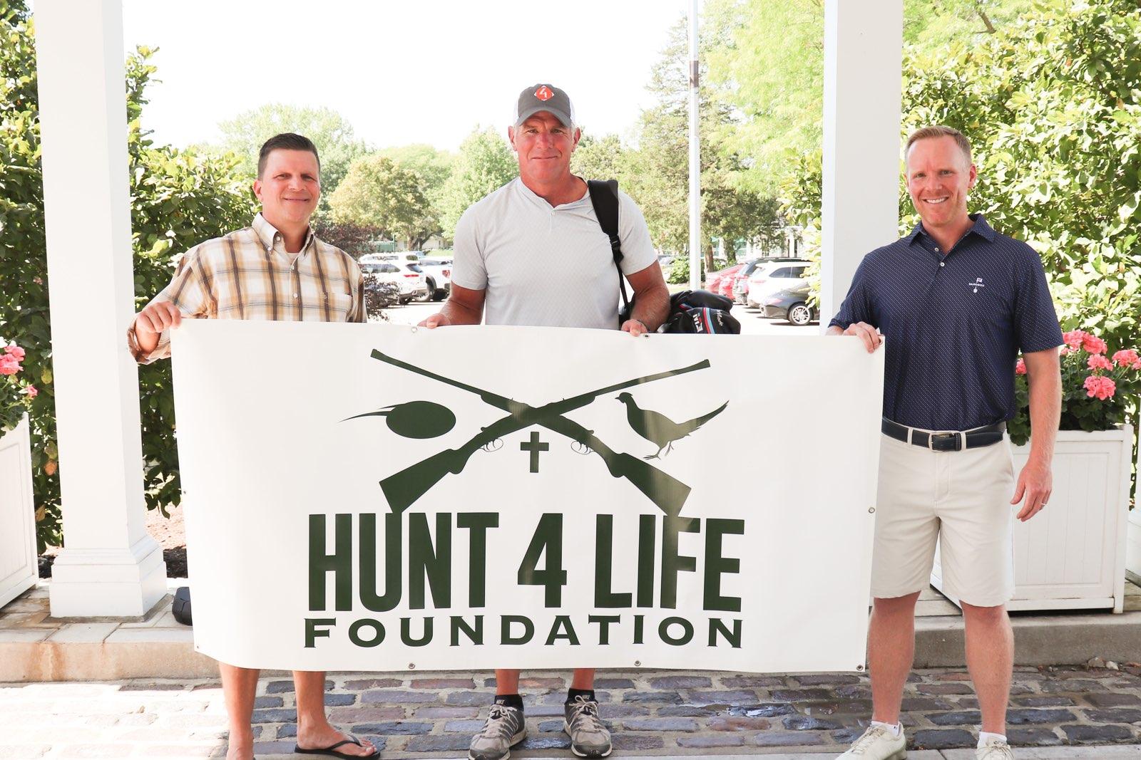 Brett Favre at the Hunt 4 Life Foundation