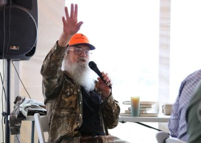 Uncle Si from Duck Dynasty at Hunt 4 Life Foundation Sportsman's Charity Hunt
